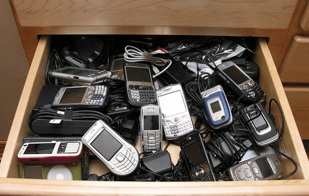 phonesindrawer.png